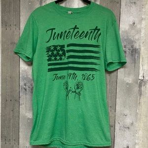 Juneteenth Black History Green Graphic Tee M